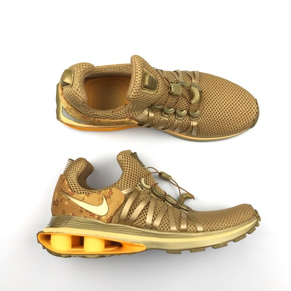 check out a762f d127a New Nike Womens Shox Gravity Running Shoes. M 5c372cf43c984451c51503f7